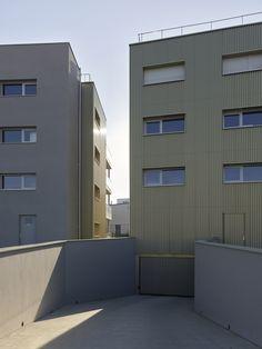 45 logements _ ZAC de la Trémelière_LE RHEU - Agence a/LTA architectes - urbanistes Le Trionnaire (x2) - Tassot - Le Chapelain Multi Story Building, Exterior, Room, Furniture, Home Decor, Urban Planning, Architects, Bedroom, Rum