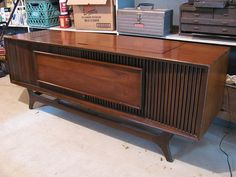 Record Player Console, Record Cabinet, Record Players, Living Room Cabinets, Living Room Storage, Vintage Stereo Console, Radios, Radio Antigua, Vinyl Record Storage
