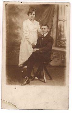 RPPC-Pregnant-Woman-Man-Vintage-Real-Photo-Post-Card-1918-1930-Postcard