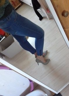 Jeggings, Blue Jeans, Stretch Jeans, Girls, Pants, Fashion, Spinning Top, Reach In Closet, Fashion Women