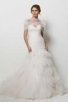Watters dress! Found it @Katherine Barrus and @Wendy Sullivan! But this tulle thing around her neck is dreadful..