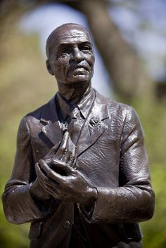Bronze George Washington Carver sculpture by Christian Petersen, 2010 George Washington Carver, Iowa State Cyclones, Natural Beauty, Bronze, Christian, Sculpture, Statue, Sculptures, Sculpting