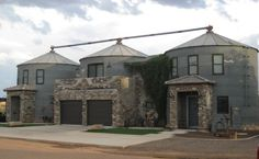 They Bought Three Silos From A Farm And Transformed Them Into Amazing Living…