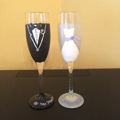 Hand painted bride and groom champagne glasses! Bride and groom! Bride gift! Wine glasses https://www.etsy.com/shop/Buttonwoodboutique