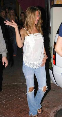 jennifer aniston jean shorts | Hot Women Wearing Jeans