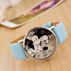100% brand new and high quality Case Material: Alloy Band Material: Litchi Grain Leather Case Diameter: 4.0cm Dial Thickness: 1cm Band Width: 2cm Band Length: 24cm Movement: Quartz Color:As the pictur