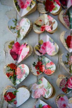 A heart garland using old garden mags. ~ETS #holidaydecor #garland #diy