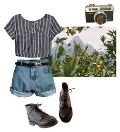 """Untitled #75"" by vivi-g6 on Polyvore featuring Retrò, Hollister Co., Timberland, casual, croptop, Boots, shorts and camera"