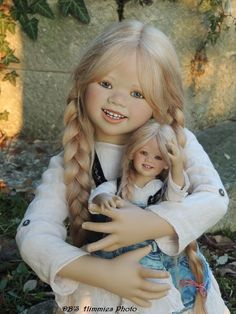 Lillemore and her Kleine Sculpted by Annette Himstedt, 2007 DCB❦ PHOTOGRAPHY http://dcbphotography.bravesites.com/