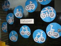 www.jufjanneke.nl  thema:  Op de fiets..