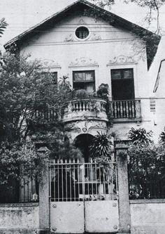 Casa do Cosme Velho, 18  Nesta residência, Machado de Assis e Carolina  viveram grande parte da vida.    Machado de Assi...