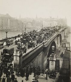 The London Street Photography exhibition opens from 18 February to 4 September 2011 and will display images from a variety of photographers and decades including this early century image of London Bridge. Victorian London, Vintage London, Old London, Victorian Street, Victorian Era, London History, British History, Modern History, London Bridge
