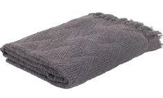 Plaid Yara grijs - Haal een beetje warmte in huis met dit Bohemian plaid - Goossens wonen & slapen
