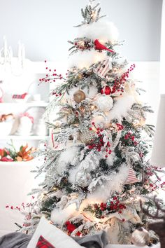 Craftberry Bush | 2015 Christmas Home Tour – Part I | http://www.craftberrybush.com