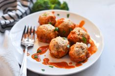 Instant Pot Chicken Meatballs with Sauce - Ana Ankeny Paleo Recipes Easy, Easy Dinner Recipes, Paleo Barbecue Sauce, Meatball Sauce, Chicken Meatballs, Dinner Is Served, Recipe For 4, Yummy Appetizers, 4 Ingredients