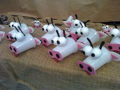 Animais feitos com sucata - Muitos bichinhos com reciclagem brinquedos de sucata - Borboleta, elefante, cobra, jacaré, porco com sucata - ESPAÇO EDUCAR