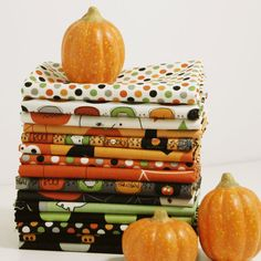 Fat Quarters 15 assorted Riley Blake Boo to by compelledtocraft, $33.00