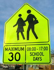 Information for volunteers on how to organize a Walking School Bus.