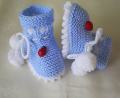 baby slippers knitted knitted baby shoes by Deliaboutique