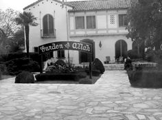 The front of the Garden of Allah Hotel, which looked out onto Sunset Boulevard, showing how extensive the flagstone paving was out front.