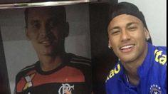 Flamengo faz afago e entrega camisa para Neymar e Renato Augusto