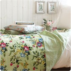Heavier linens for the bunkhouse guestroom for the coming of autumn & winter. I better haul in some big quilts too. The pretty pattern makes you think of sunshine & roses.......