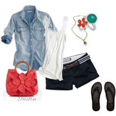 I never wear shorts but if I did I would rock this outfit. Excepts for the bag. That bag is a never for me!
