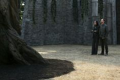 Regina & Robin looking at Henry's Giant Barefoot