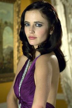 Eva Green as Vesper Lynd, Casino Royale is the twenty-first film in the Eon Productions James Bond film series and the first to star Daniel Craig as the fictional agent James Bond. Eva Green Casino Royale, James Bond, Bond Girls, Actress Eva Green, Casino Dress, Glamour, French Actress, Green Fashion, Purple Dress