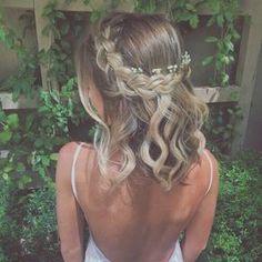 45 Romantic hairstyles for short hair - Frisuren lange Haare - Braided Crown Hairstyles, Prom Hairstyles For Short Hair, Romantic Hairstyles, Dance Hairstyles, Easy Hairstyles, Hairstyle Ideas, Short Hair With Braid, Medium Wedding Hairstyles, Creative Hairstyles