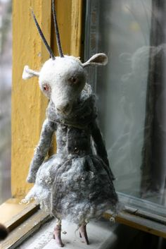 needle felted by Katerina Kozunenko