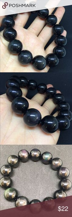Natural gemstone men's hand string Brand new! It changes colors under the lights Accessories
