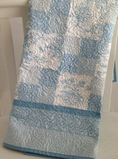 Baby Quilt Featuring Summertime Toile in by KimsQuiltingStudio #fmq