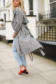 Gingham Trench Coats For Spring | The Stylist And The Wardrobe