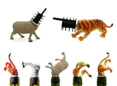 Animal Wine Stoppers- I can't decide if this is sick and twisted or adorable and ingenious. Plastic Animal Crafts, Plastic Animals, Wine Corker, Wine Tasting Near Me, Diy Cadeau, Painting Plastic, Wine Stoppers, Pet Accessories, Cool Gifts
