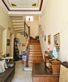 To iefimerida μέσα στη βίλα Αλίκη στο Νέο Ηράκλειο: Εκεί όπου έζησε η μητέρα του πρίγκιπα Φιλίππου -Πορσελάνες, κρύσταλλα και σεμέν Greek Royalty, Greek Royal Family