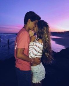 Are you in a Relationship then this Special Couples Quotes will make you Surprised. Because Here is some world famous Couples Quotes.So Read this Couples Quotes Cute Couples Photos, Cute Couples Goals, Romantic Couples, Cute Photos, Cute Pictures, Romantic Bf, Romantic Photos, Romantic Gifts, Teen Love Couples