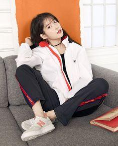 K-Pop Babe Pics – Photos of every single female singer in Korean Pop Music (K-Pop) Iu Fashion, Sport Fashion, Korean Fashion, Cute Korean, Korean Girl, Oppa Gangnam Style, Love U Forever, Sports Brands, K Idols