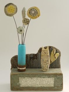 Cat and Vase - Shirley Vauvelle