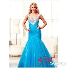 This Super Stunning Mac Duggal Mermaid Gown.  NWT size 14 & just $250.00.  Many Mac Duggal Gowns in at Discounted Prices.    Designer Consigner Boutique 6329 S. Mooresville Road Indianapolis 317-856-6370 317-979-9628-Text Option  #Indy #Indiana #Indianapolis #MacDuggal #MacDuggalGowns #Prom #PromGowns #Prom2016 #Prom2K16 #PromDresses #FormalGowns #FormalDresses #Formals