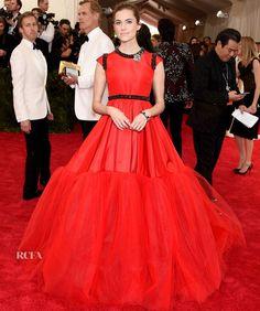 Allison Williams In Giambattista Valli Couture – 2015 Met Gala