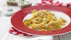 Herziges Frühstück für Kinder, die es morgens gern deftig mögen: Möhren-Rührei mit Brotherzen Kinderfrühstück (1–6 Jahre)   http://eatsmarter.de/rezepte/moehren-ruehrei-brotherzen