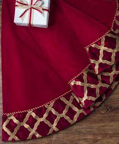 Burgundy & Gold Velvet Christmas | Tree Classics Tree Skirt