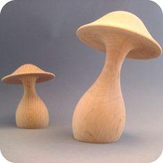 Champignons décoratifs en bois brut grand modèle