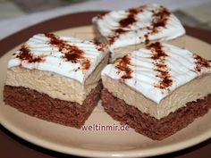 Amazing recipes for delicious dishes and desserts Coffee Dessert Recipe Yumecipecom Winter Desserts, Fun Desserts, Delicious Desserts, Dessert Recipes, Delicious Dishes, Lemon Cream Cheese Icing, Cream Cheese Coffee Cake, Coffee Cream, Food Cakes