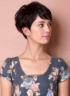 46+ Best Hairstyle Ideas Pixie Cuts That Make Women More Beautiful – Tuku OKE