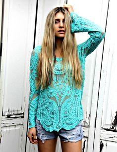 Turquoise crotchet top. Love!