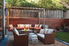 DIY small backyard design with furniture
