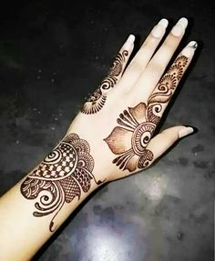 Best 12 Go to my board for latest mehndi designs…. Henna Tattoo Designs Simple, Basic Mehndi Designs, Latest Arabic Mehndi Designs, Back Hand Mehndi Designs, Henna Art Designs, Stylish Mehndi Designs, Mehndi Designs For Beginners, Mehndi Designs For Girls, Mehndi Design Photos