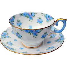 Vintage Crown Staffordshire Fine Bone China Tea Cup & Saucer w/ Blue Flowers - English Bone China Teacup and Saucer Tea Cup Set, My Cup Of Tea, Tea Cup Saucer, Tea Sets, Funny Tea Cups, Chai Tee, Bone China Tea Cups, Cuppa Tea, Vintage Cups